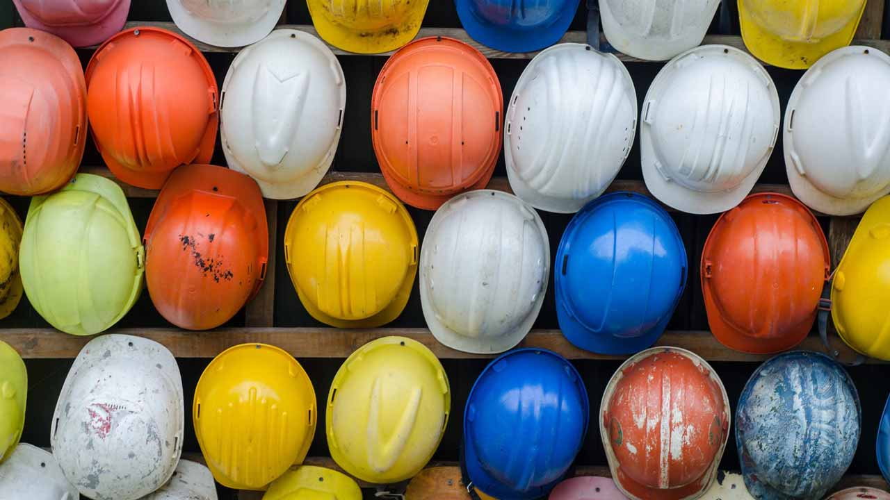 finding a general contractor