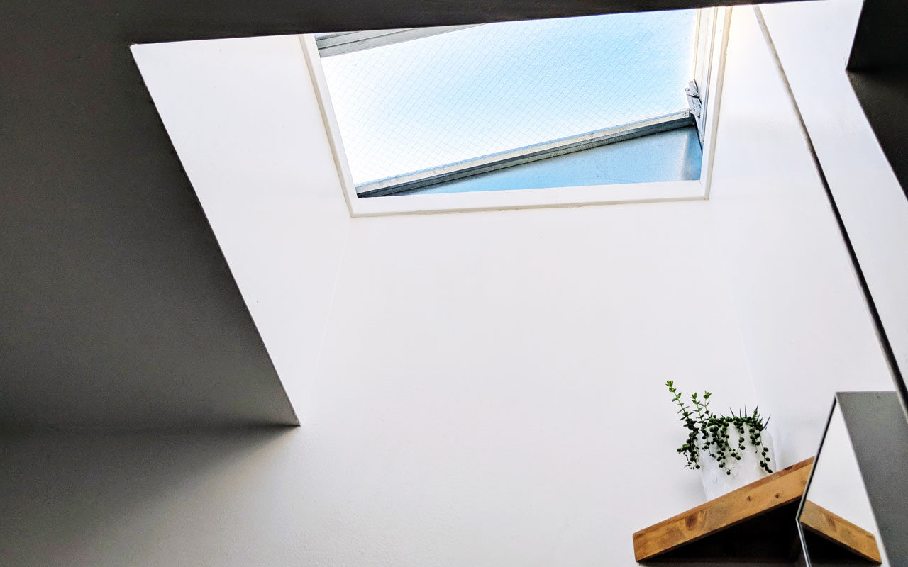 Utilize-bathroom-skylights